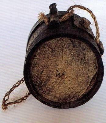 Thrinentrommel - Feldflasche<br />Exponat: Deutsches Hugenotten-Museum Bad Karlshafen