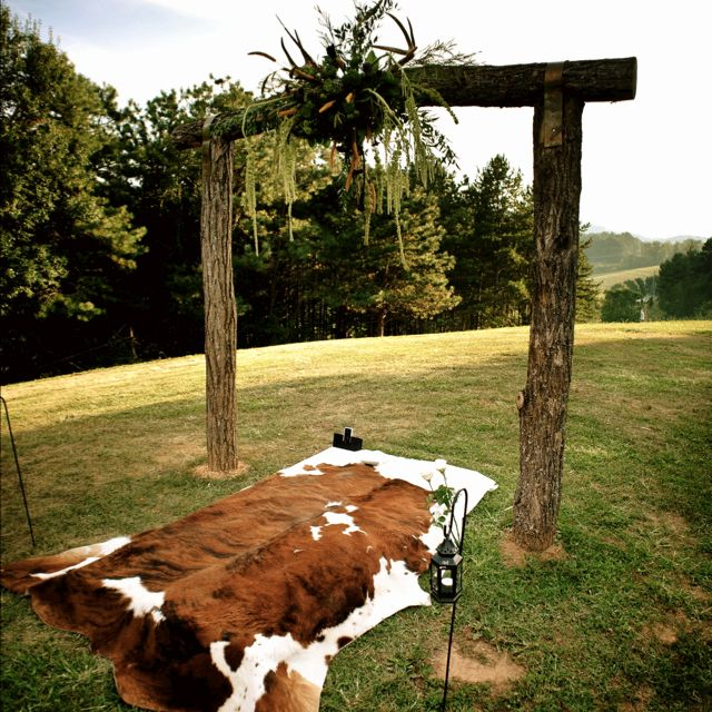 Rustic Wedding Altar Keywords Weddingaltars: Cowhide Rug At The Altar!