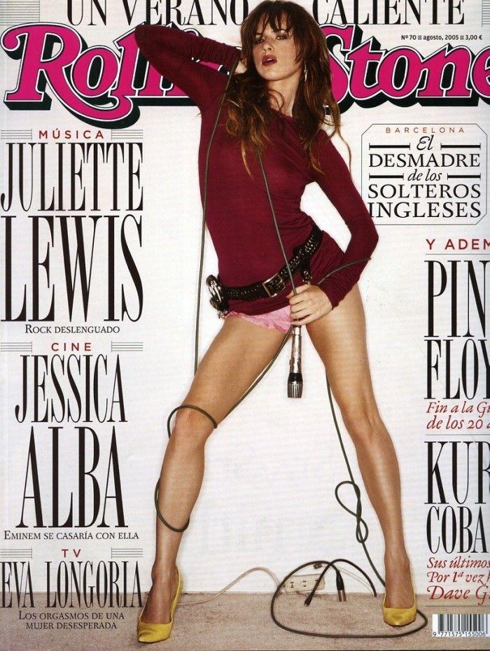 """Sexy e provocatoria copertina di Rolling Stone con Juliette Lewis cantante della rock band """"Juliette and the licks"""" ed attrice in tanti film di successo."""