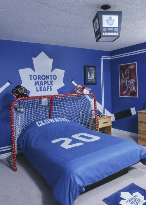 for the hockey fan- now replace with Lightning stuff and pray my little puck chaser doesn't rip the goal net off the bed!