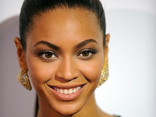 beyonce gallery  532x400 Beyonce Plastic Surgery #Beyonceplasticsurgery #Beyonce #gossipmagazines