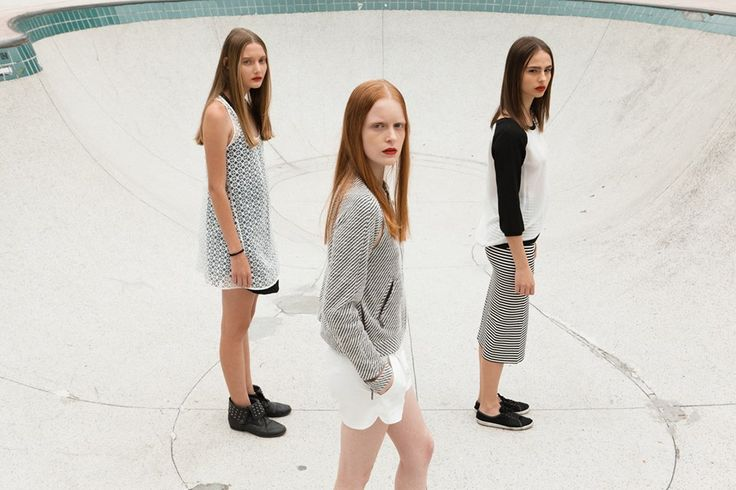 Girls for Bricks Magazine by Takeuchis - Models: Jaqueline Datsch/Victória Schons/Natália Mallmann