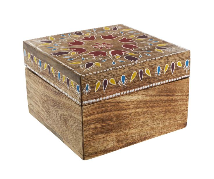 We love the intricate design of this nifty trinket box.  Priced at £10. #sainsburys #autumndreamhome