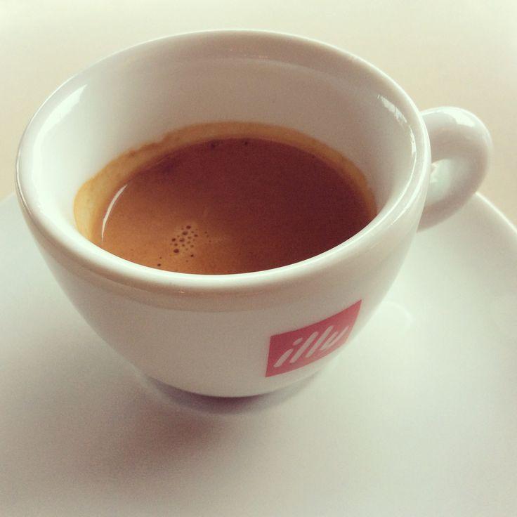 #Breezecafe#cafe#coffee#espresso#illy#illycafe#kalimera