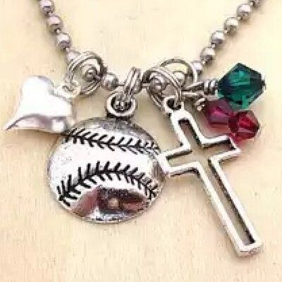 #Baseball Wives   @MLBwives    MLB WAGs ❤️❤️⚾️⚾️⭐️ News, updates and commentary about our crazy baseball lives, amazing charities, and beautiful #baseballwife friendships   USA