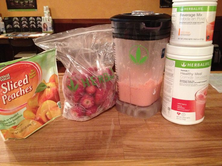 Summer Blast 2 scoops of Wildberry Formula1 2 scoops of Peach Mango B.D.M. 3 frozen strawberries 3 slivers of Peaches Ice Water