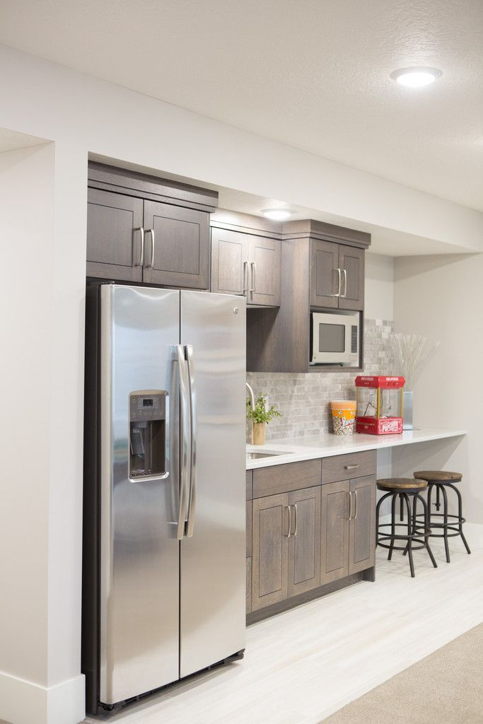 Best 25 basement kitchenette ideas on pinterest for Office wet bar