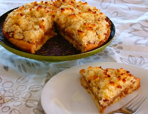 Tarta de coco (Coconut) y dulce de leche - MUY FACIL. Usar el dulce de leche hecho segun: http://www.laurasbakery.nl/snel-en-eenvoudig-karamel-maken/.
