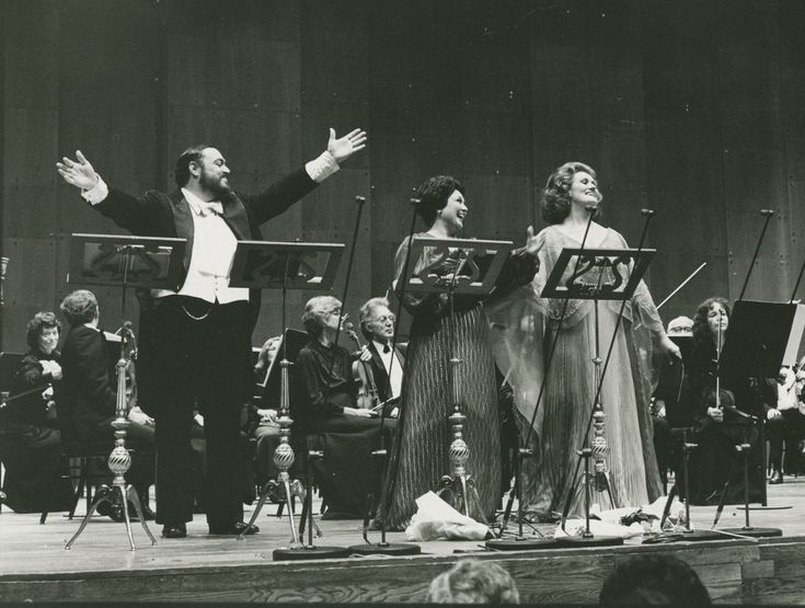 "Luciano Pavarotti, Marilyn Horne and Dame Joan Sutherland in concert, ""Live From Lincoln Center"" televised from Avery Fisher Hall, March 1981."