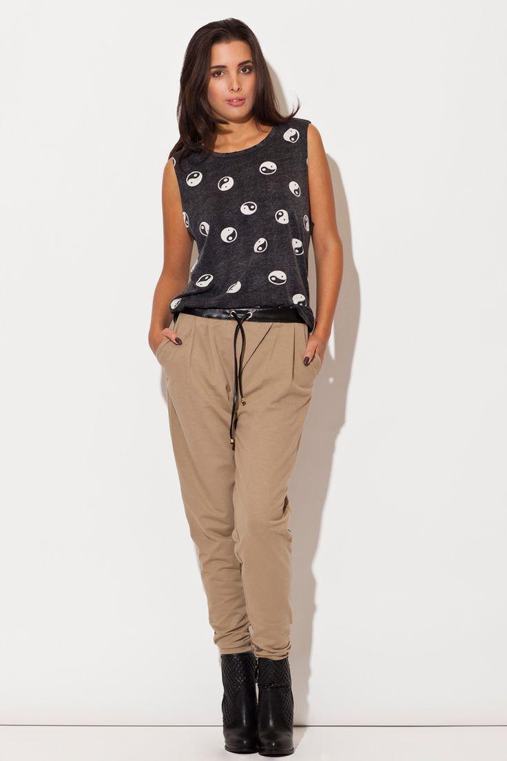 https://galeriaeuropa.eu/spodnie-dresowe-damskie/300044005-spodnie-damskie-model-k107-beige