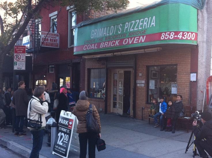 Grimaldi 39 S Pizza Now Out Of Business Under Brooklyn Bridge Sven Vik Nyc Pinterest Pizza