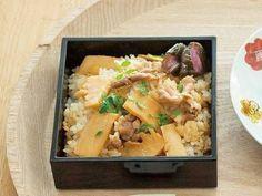 栗原 はるみ さんの米を使った「たけのこと豚肉の混ぜご飯」。アツアツなご飯と具がおいしく作るための鉄則です!ご飯の炊き上がり時間に合わせて具をつくり始めましょう。 NHK「きょうの料理」で放送された料理レシピや献立が満載。