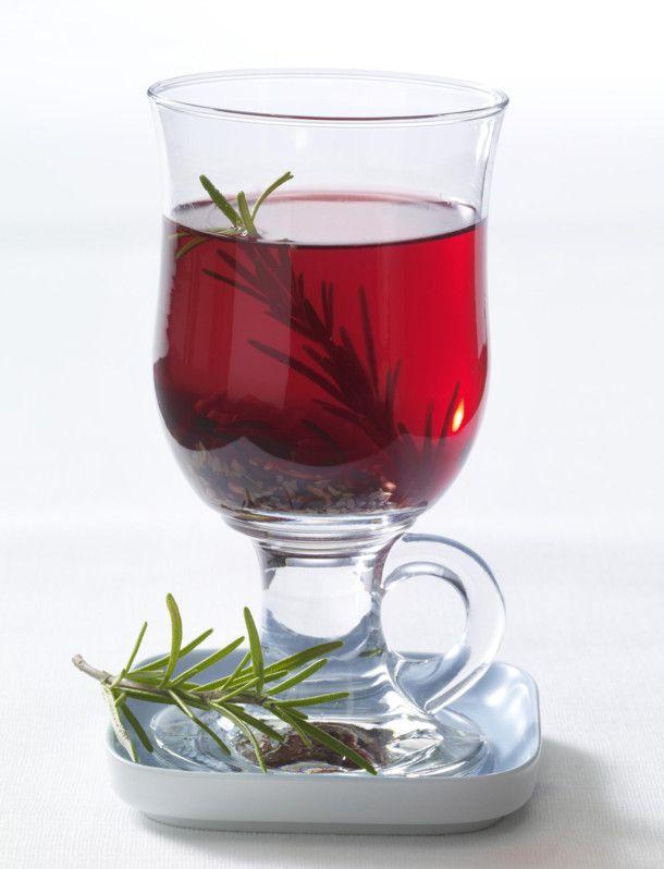Unser beliebtes Rezept für Mate-Rosmarin-Hibiskus-Tee (Schlank-Tee) und mehr als…