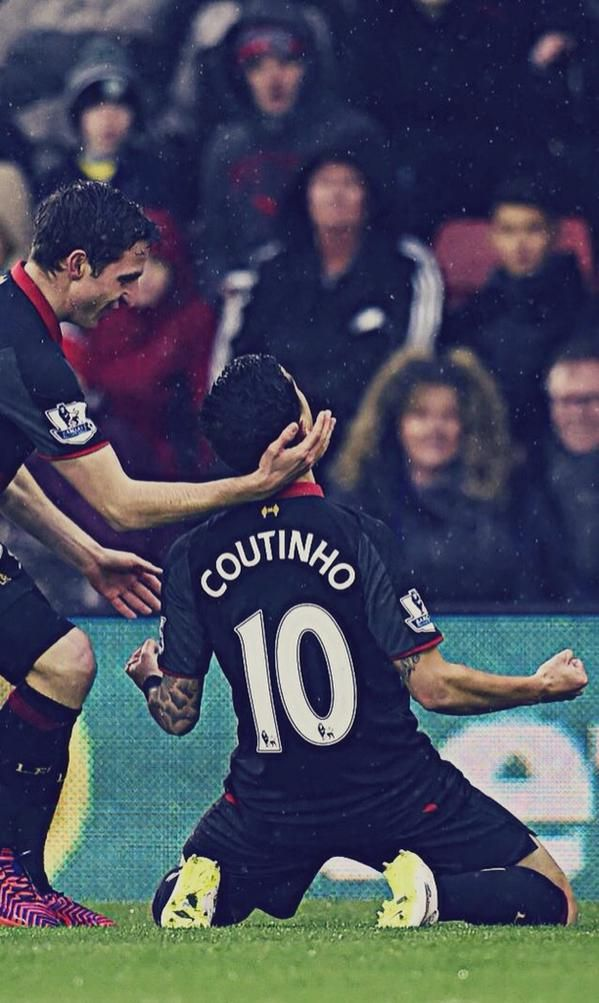 Coutinho - Liverpool www.classicfootballshirts.co.uk