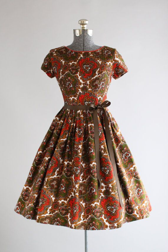 Vintage 1950s Dress / 50s Cotton Dress / Blanes of London Brown Paisley Print Dress S/M