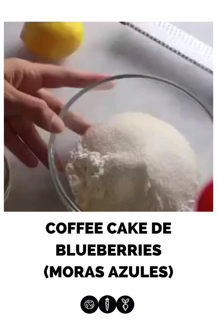 Receta de pan dulce, coffee cake con blueberries y limón, perfecta combinación para un cafecito en la tarde. Receta vegana fácil y deliciosa. Salt, Videos, Desserts, Food, Vegan Meals, Easy Vegan Recipes, Sweet Bread, Blackberry Bread, Baking Pans