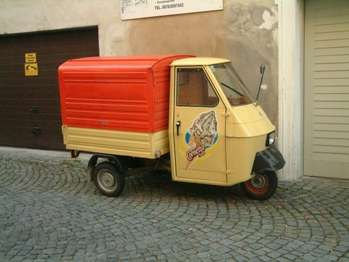 17 best ideas about piaggio ape on pinterest food carts. Black Bedroom Furniture Sets. Home Design Ideas