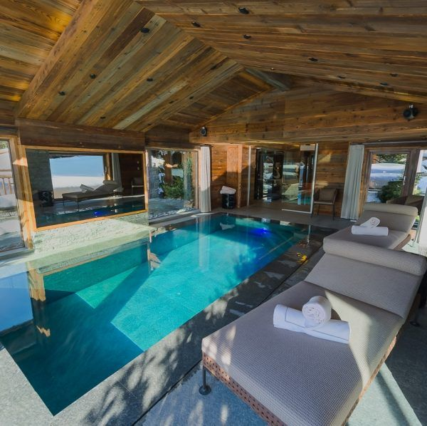 CHALETS M&B | MEGEVE Megeve, Mont Arbois, Cote 2000  9 bedrooms / 16 adults, 3 children / 895 sq.m Half board  ->    FROM € 49 000 / week  Chalets M&B can sleep 19 people in 9 luxury bedrooms. It is located only a couple of minutes drive from the Cote 2000 ski lifts.  http://bit.ly/2ewVDc9 #Franta #ski #luxurytravel