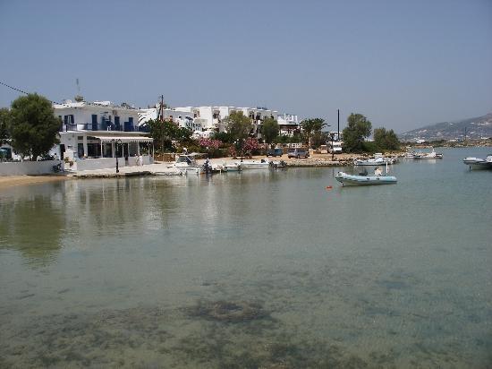Antiparos port