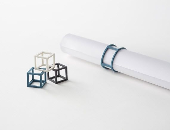 Cubic Rubber Band: Yes, It Exists