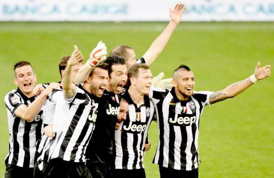 I campioni dell'Italia siamo noi  #JuveX4 ⚽️ #4Ju33
