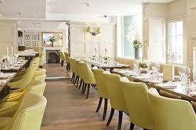 Amazing Dining Tables from The Most Luxurious Hotels | www.bocadolobo.com #bocadolobo #luxuryfurniture #exclusivedesign #interiodesign #designideas #diningroom #diningarea #diningtable #moderndiningtable #hotel #luxurioushotel #luxury #richhotel #hoteldesign #hoteldiningroomdesign