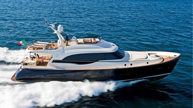 Mochi Craft Dolphin 74' Cruiser Exterior #theyachtownernet