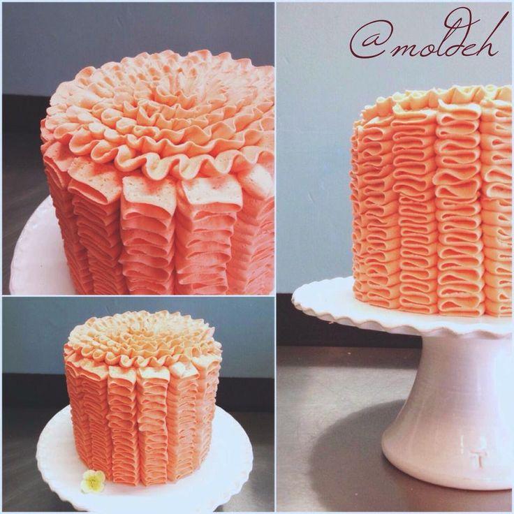 Pastel para Boda en buttercream coral // Buttercream ruffles coral cake