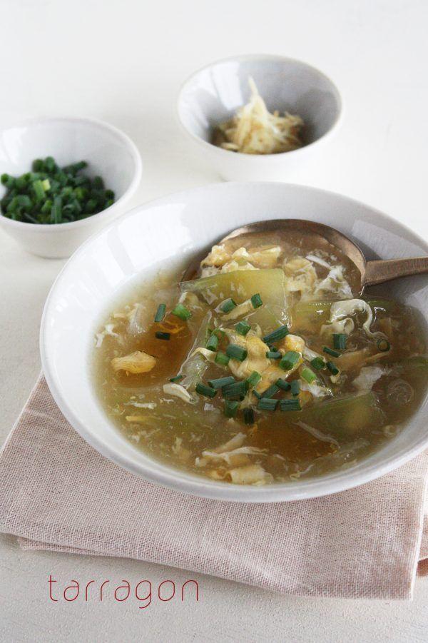 むくみ解消にとろとろヘルシーな冬瓜と卵のスープ