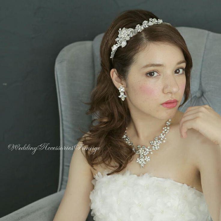 カチューシャティアラ ウェディング ブライダルアクセサリー 花嫁 ヘアスタイル 画像