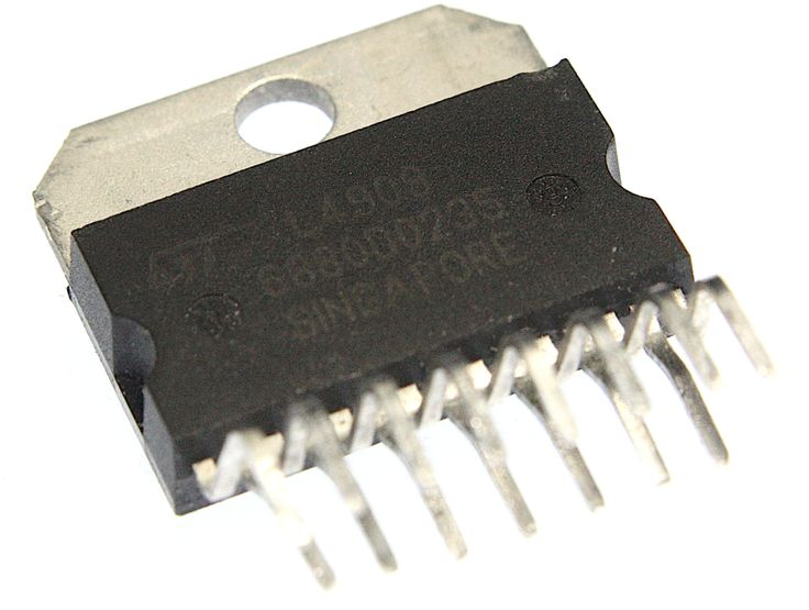 ST Electronics L4909 Integrated Circuit