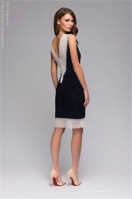 Темно-синее платье-футляр с кружевной отделкой и вырезом на спине - фото 13372