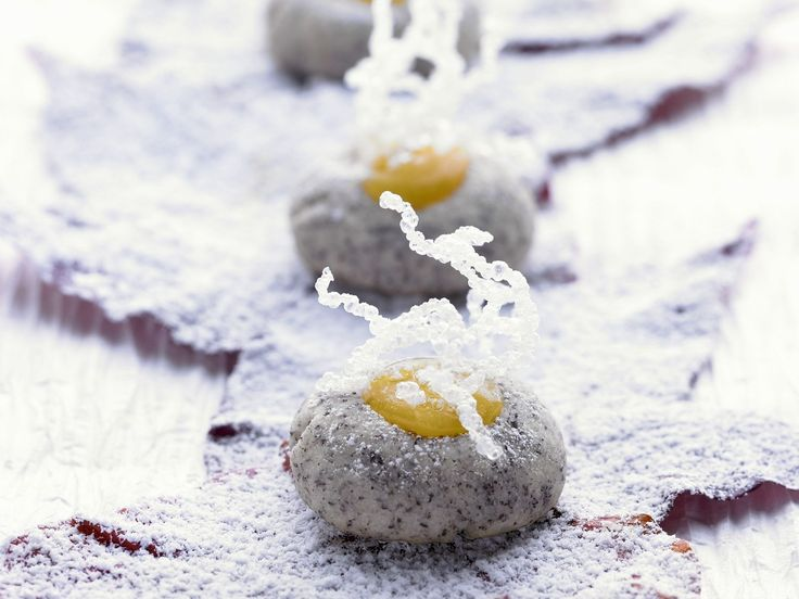 Mohnplätzchen mit Zitronencreme (Lemon Curd) - smarter - Zeit: 40 Min. | eatsmarter.de