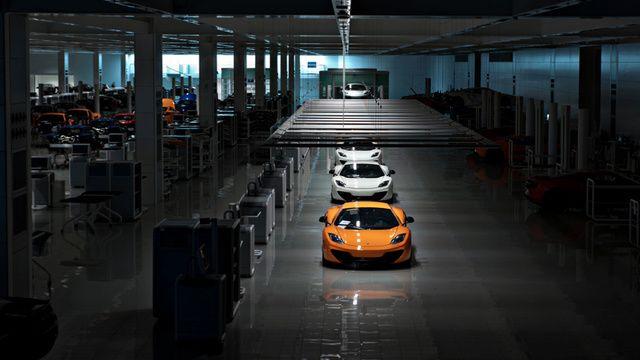 The World's Most Advanced Car Factory As It's Never Been Seen BeforeWhite Cars, High Sports, Mclaren Automotive, Trav'Lin Lights, Cars Girls, Mclaren Mp412C, Mclaren Mp4 12C, Factories, Girls Style