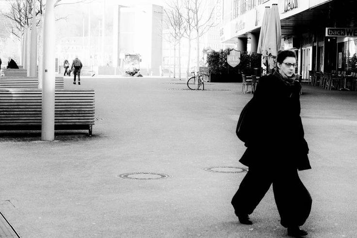 #germany #saarbrucken #rabbiner #rulf #platz #bnw . . .  #street #photography #photographiederue #streetphoto #streetphotography #photoderue #life_is_street #streetlife #spicollective #capturestreets #urbanphoto #streetlife_award #tv_streetlife #gf_streets #zonestreet #blackandwhite #noiretblanc #blackandwhitephotography #photonoiretblanc #monochrome