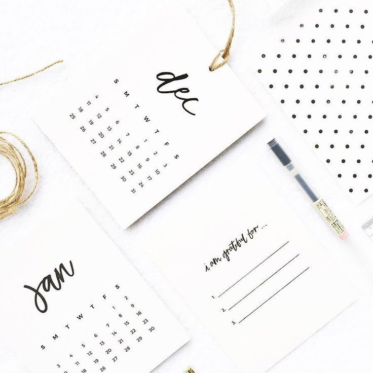 Organic & minimal design paired with a subtle yet luxurious gold glided edge finish - our 2016 Calendar is back up with its hand printed month detail & back design! There are updates for the other goods too check out the store now to start your weekend shopping for Christmas! Happy Weekend!  by mintordinary