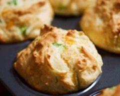 Muffins au chèvre et à la courgette (facile, rapide) - Une recette CuisineAZ