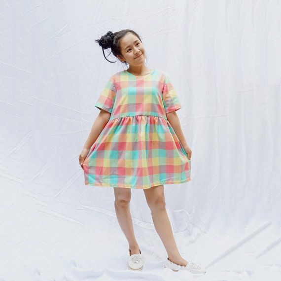 Kleurrijke regenboog pastel Kiel jurk, losse babydoll jurk, zon jurk---aangepast formaat---