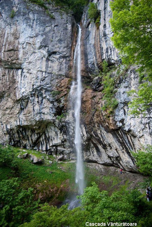 cascada vanturatoare - Romania