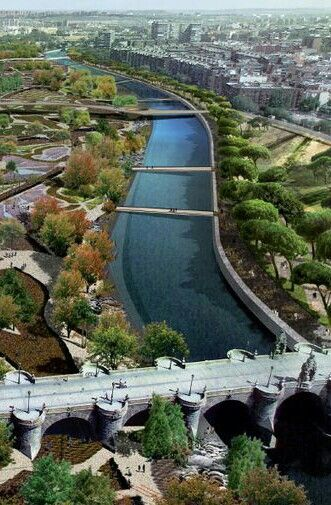 """Río Manzanares river. First, the famous """"Bridge of Toledo"""". Madrid, Spain"""