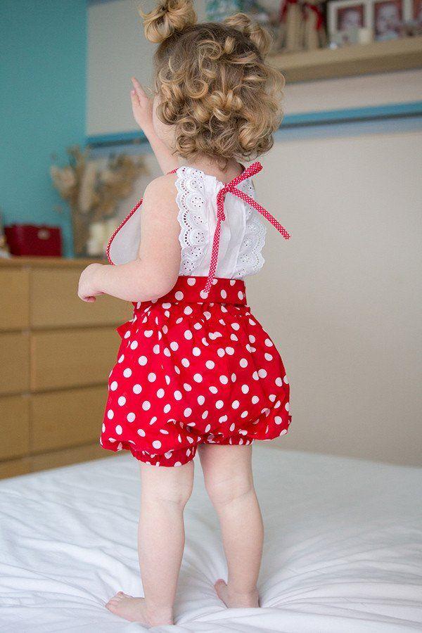 春夏におすすめの子供用キャミソールワンピースに、ふりふりレースが天使の羽みたいに後姿がとってもかわいいヘブンドレスをご紹介♪幼児・女の子にピッタリのガーリースタイルができちゃいます☆