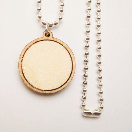Aurora-kaulakoru | Weecos  #annieeleanoora #woodandsilver #puutajahopeaa #kaulakoru #necklace