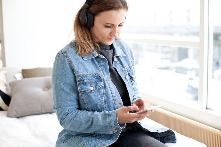 Denim Jacket | Grey College Shirt | Headphones | Turku Finland Summer | Jadeyolanda.fi