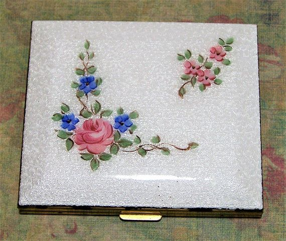 Mid Century gold tone and white enamel make up compact Square white guilloche enamel flower design set in a rectangular case 2 3/4 x 2 3/8 inches Never used, completely cle... #gotvintage #square