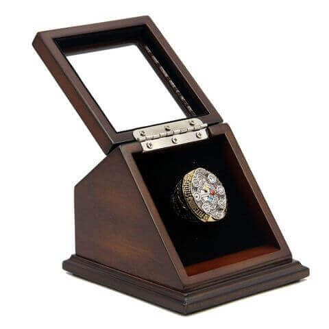 NFL 2008 Super Bowl XLIII Pittsburgh Steelers Championship Replica Fan Ring with Wooden Display Case – Roethlisberger would be a unique and a great gift to your friends and families, for most of the Pittsburgh Steelers fans, the display case set would be a unique and a great gift to your friends and families, it is a truly one of a kind item that would stand out in any Pittsburgh Steelers football collection.