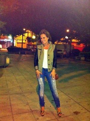 martaantolinez Outfit  sandalias zara bershka Pull and Bear uterque Cazadora combinada  Otoño 2012. Cómo vestirse y combinar según martaantolinez el 30-9-2012