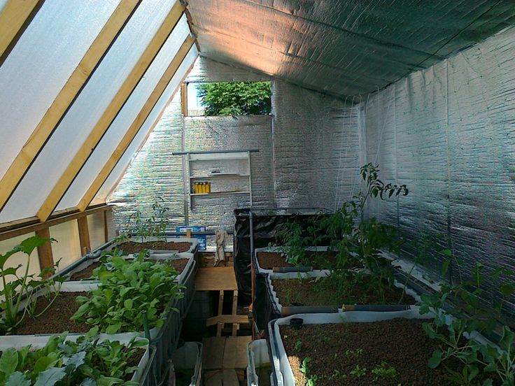 98 best images about greenhouses on pinterest garden for Moderni piani solari passivi