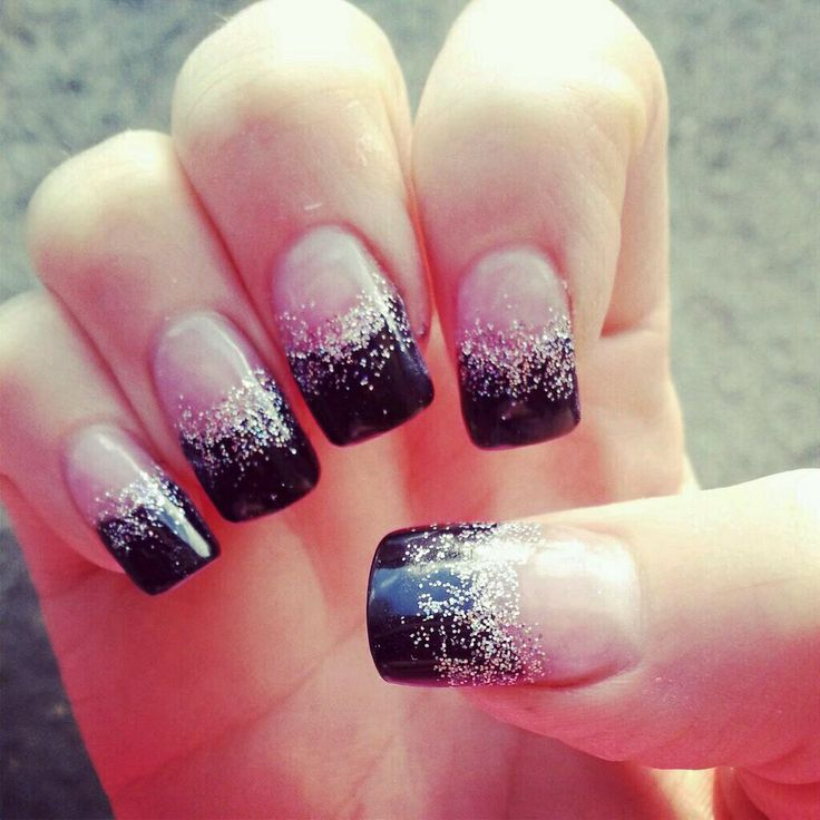 Black and silver glitter French - 67.2KB
