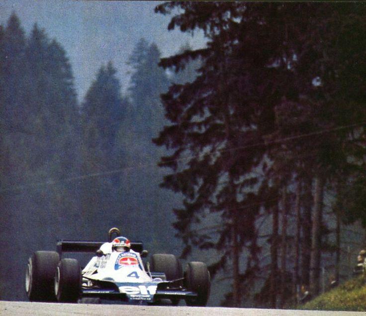 Patrick Depailler (Tyrrell 008) Grand Prix d'Autriche - Zeltweg 1978 - AUTOhebdo août 1978.