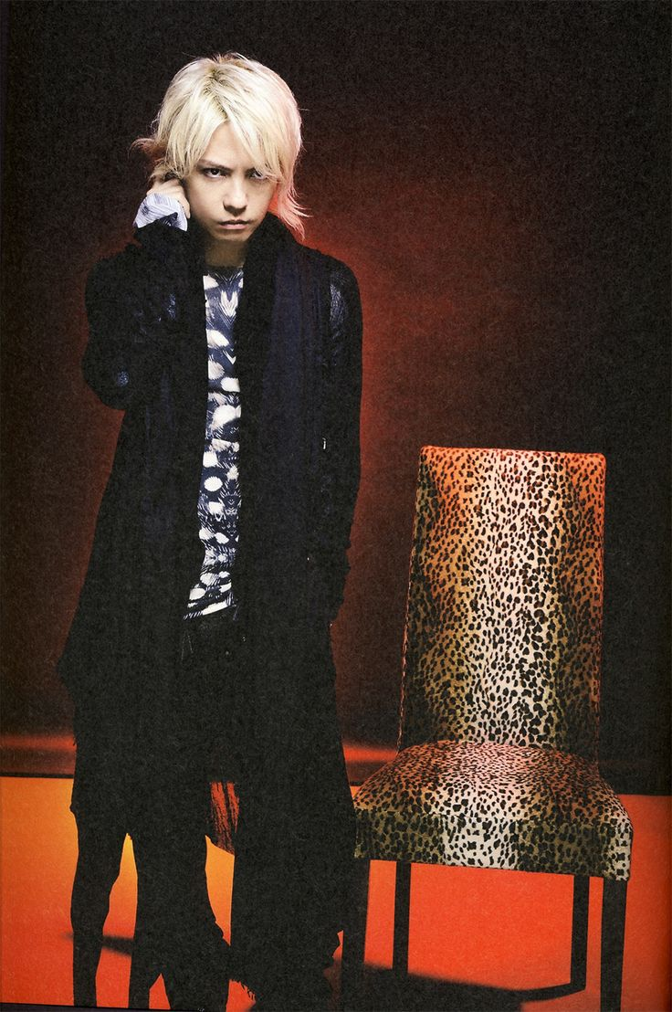 HYDE • 2010 SEP •  ROCK AND READ #hyde #larcenciel #vamps #hidetotakarai #takarai